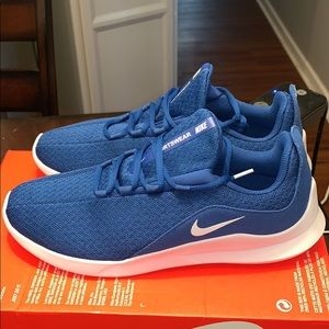 New NWT Nike Viale Men's size 10